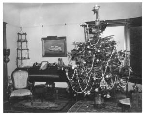 gc flavel christmas tree